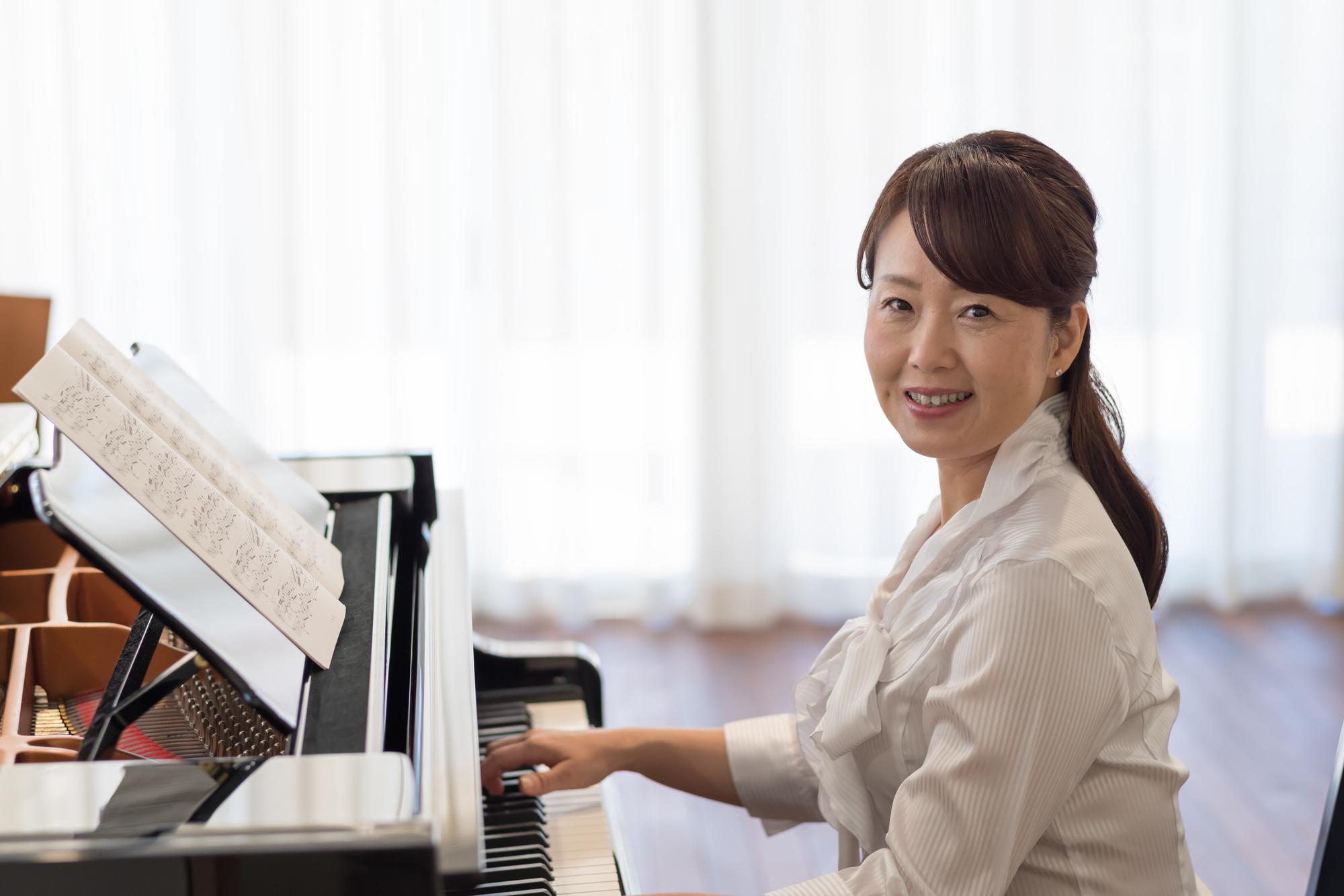 piano_25982408_M